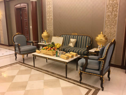 Au Ritz-Carlton de Riyad, le 27 janvier. C'est dans cette suite que le prince Walid Ben Talal, première fortune du monde arabe, a été détenu. La photo a été prise le jour de sa libération.