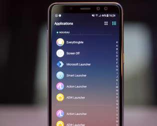 Ce menu d'Evie Launcher référence toutes les applications du téléphone.
