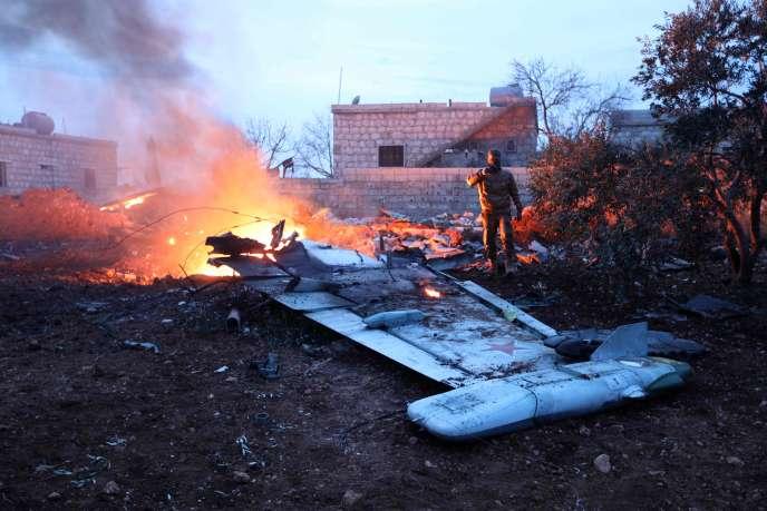Un avion de chasse russe abattu dans la province d'Idlib (Syrie), le 3 février.