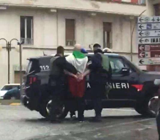 Luca Traini a été interpellé sans opposer de résistance.