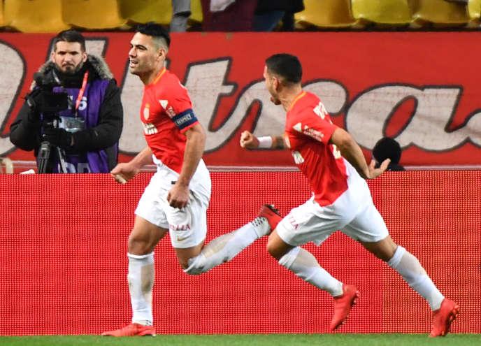 Le Monégasque Falcao célèbre son but lors de la victoire (3-2) de son équipe face à Lyon, dimanche 4 février, en clôture de la 24ème journée de Ligue 1.