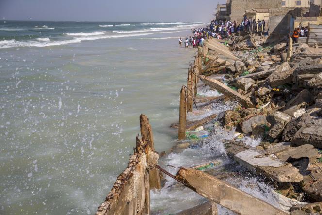 La Langue de Barbarie, touchée par l'érosion côtière, le 3 février à Saint-Louis (Sénégal).