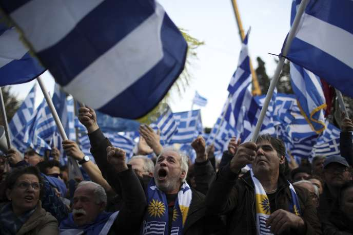 Les manifestants dans les rues d'Athènes, le 4 février.