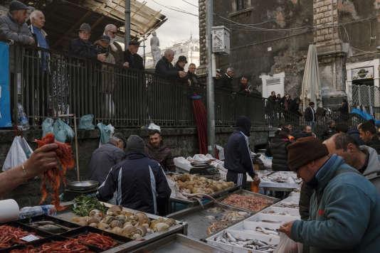 Le marché aux poissons.