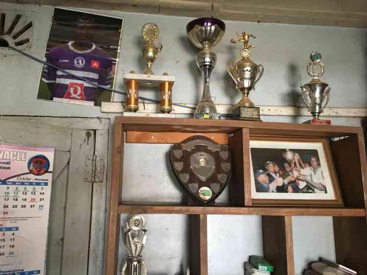 Le DandoraYouth Football Club est la fierté du ghetto. Il a remporté de nombreux trophées dans les compétions organisées au Kenya. Et un de ses anciens joueurs, Johanna Omolo, évolue dans le club professionnel belge du Cercle Bruges.