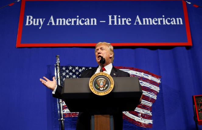 Donald Trump àKenosha (Wisconsin), après la présentation de son décret présidentiel sur l'embauche des travailleurs étrangers, le 18avril 2017.