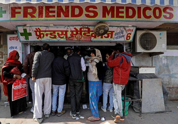 Devant une pharmacie de New Delhi, le 2 février 2018.