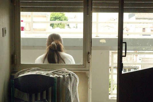 Au centre Abadie de Bordeaux, qui accueille les adolescents suicidaires pour des séjours-bilans d'environ trois semaines.