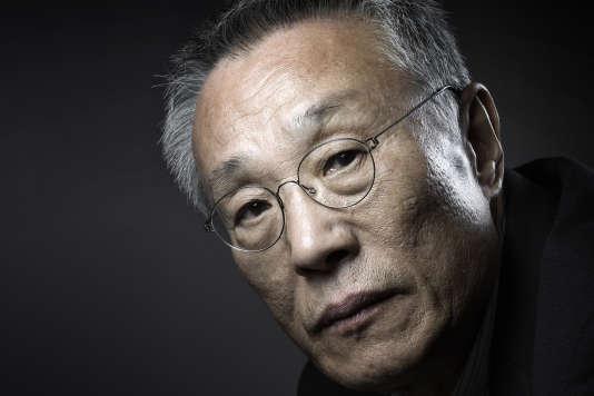 L'écrivain Hwang Sok-yong en mars 2016