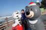 Soohorang, le tigre blanc et Bandabi l'ourse sont les mascotes des JO de Pyeongchang. REUTERS/Jorge Silva