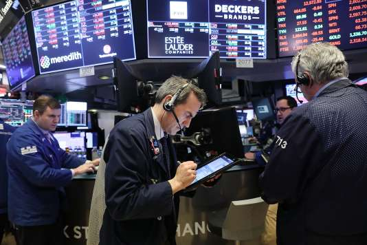 Mardi6 février, la Bourse de New York hésitait sur la direction à suivre, ses indices vedettes oscillant fortement depuis l'ouverture entre pertes et gains.