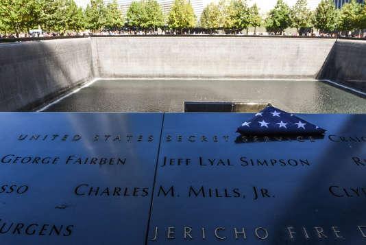 Mémorial Ground Zero, du World Trade Center, en hommage aux victimes des attentats du 11 septembre 2001 à New York, en octobre 2016.