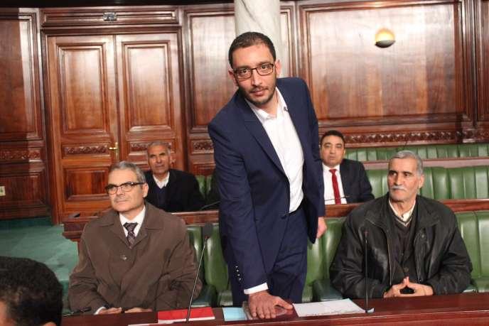 Yassine Ayari prête serment de député au palais du Bardo, siège du Parlement tunisien, le 7 février 2018. (Photo tirée du Facebook de M. Ayari).