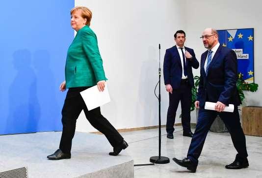 La chancelière Angela Merkel et le chef de file du SPD Martin Schulz, le 7 février à Berlin.