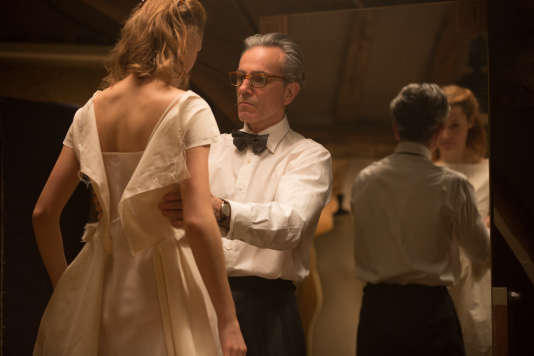 Vicky Krieps et Daniel Day-Lewis dans « Phantom Thread », de Paul Thomas Anderson.