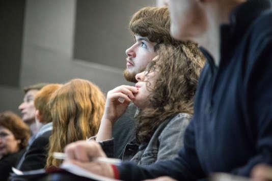 Faut-il plutôt apprendre à apprendre ou devenir spécialiste ? Rendez-vous à Bordeaux, vendredi 2 mars.
