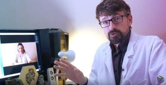 Sur la chaîne La Tronche en biais, l'analyse de la vidéo d'une anti-vaccin.
