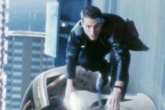 Tom Cruise incarne le policier John Anderson qui traque de futurs criminels.