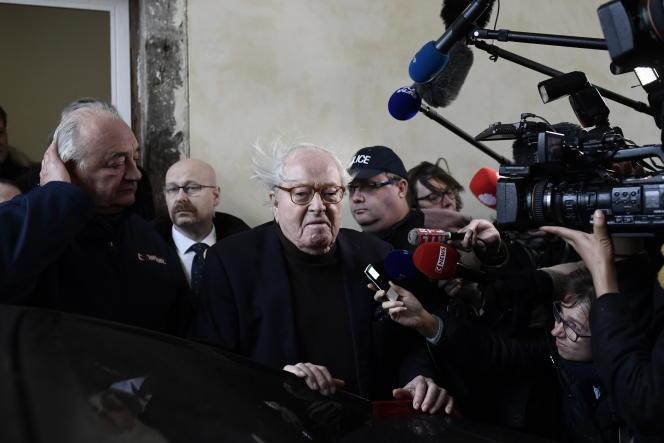 Jean-Marie Le Pen après son audition devant la cour d'appel de Versailles, en décembre 2017.