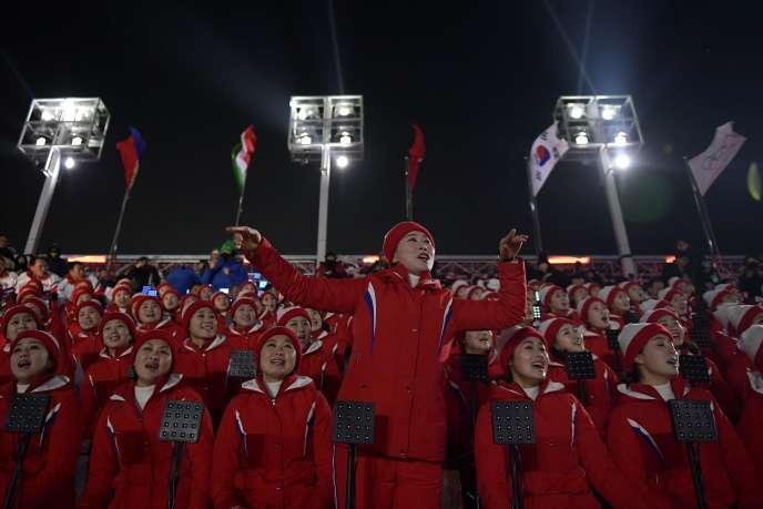 Les pom-pom girls nord-coréennes durant la cérémonie d'ouverture des Jeux olympiques de Pyeongchang. AFP / MOHD RASFAN
