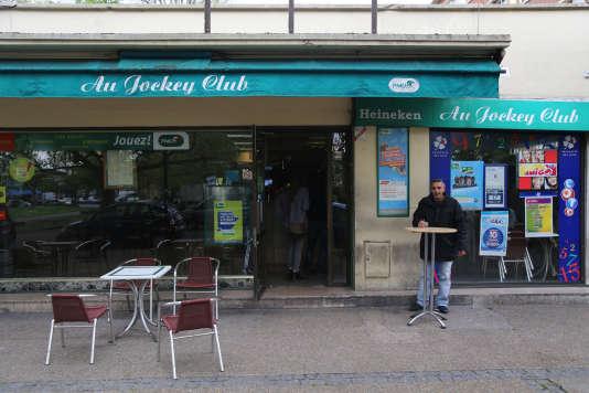 Plusieurs contre-enquêtes — du Bondy Blog, de France Bleu ou du «Monde» — avaient démontré que le bar n'ostracise pas les femmes.