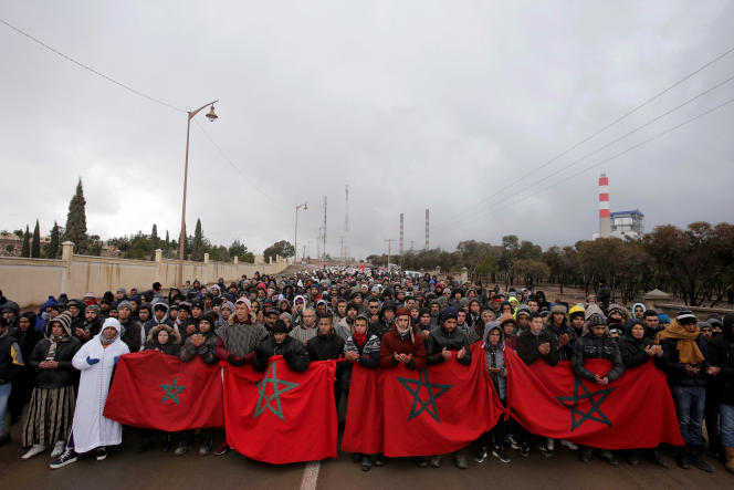 Des manifestants dénoncent le chômage et la pauvreté, le 10 février 2018, à Jerada, ville du Maroc secouée par un mouvement de protestation depuis fin décembre 2017.