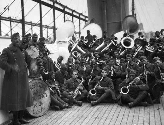 Le 369e régiment repartit aux Etats-Unis en février 1919, après une longue tournée, à bord du «Stockholm».