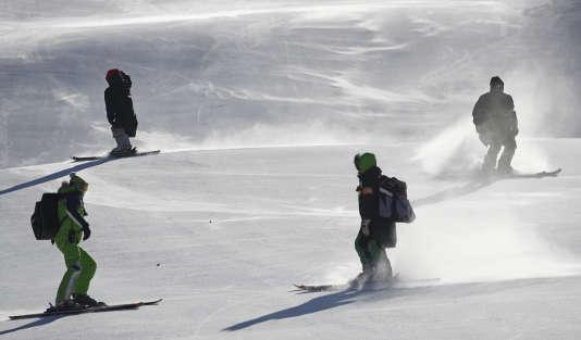 Le vent aura eu raison de l'épreuve reine du ski alpin.