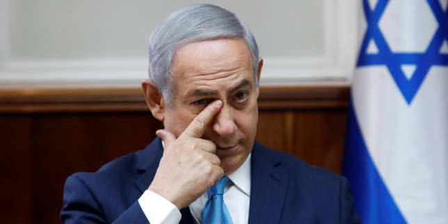 Israeli Prime Minister Benjamin Netanyahu attends the weekly cabinet meeting at the Prime Minister's office in Jerusalem February 11, 2018. REUTERS/Ronen Zvulun