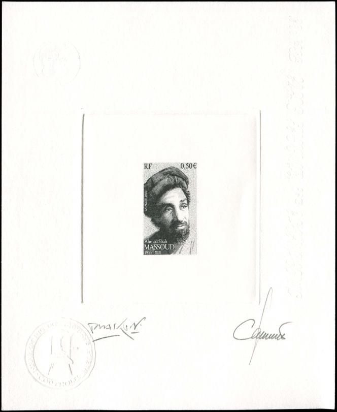 Prix de départ 50 euros pour cette épreuve d'artiste en noir du timbre français à l'effigie de Massoud, signée par le dessinateur, Marc Taraskoff et le graveur, Claude Jumelet(vente Cérès philatélie du 28 février).