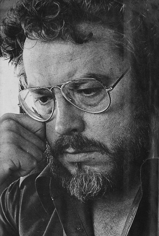 L'écrivain américain Earl Thompson, photo non datée.