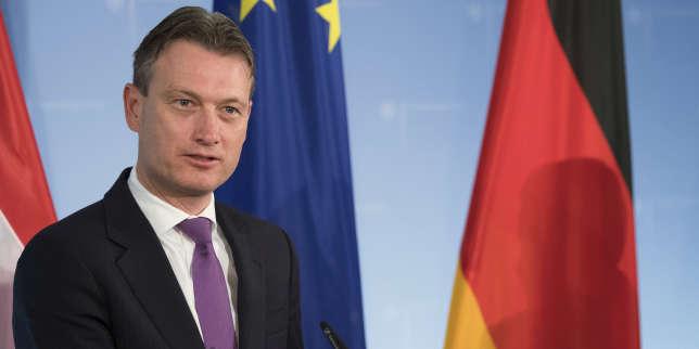 le-chef-de-la-diplomatie-néerlandaise-admet-avoir-menti-sur-une-réunion-avec-vladimir-poutine