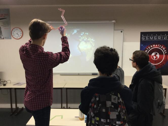 Un jeu sur le métier d'ingnieur était proposé aux lycéens lors de la journée portes ouvertes de l'écoleprivée Esme sudria, le 3 février.