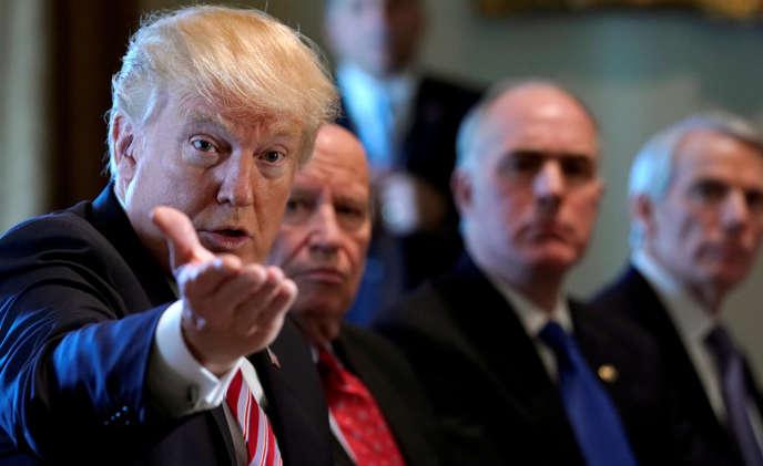 « Nous avons un très très mauvais accord avec la Corée [du Sud] » , «pour nous, il ne produit rien d'autre que des pertes», a jugé M.Trump.
