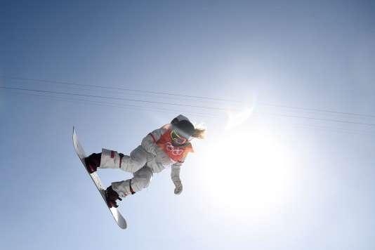 Plus aérienne que la concurrence, Chloe Kim s'est envolée vers le titre olympique.