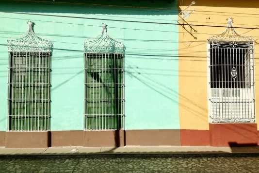 Le fer forgé aux fenêtres des habitations du centre de Trinidad.