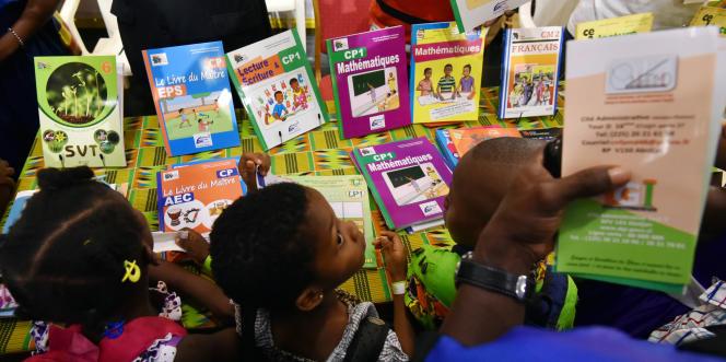 Au Salon international du livre d'Abidjan, en Côte d'Ivoire, le 28mai 2016.