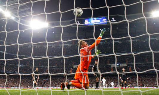 Areola est battu. Le Real s'impose 3-1 face au PSG.