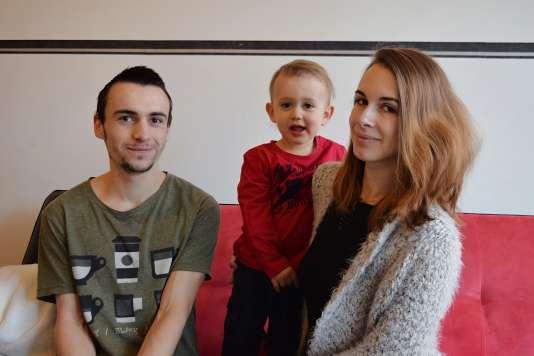 Jérémy et Laure sont étudiants à l'université de Lille. Leur fils Noah a eu 2 ans enjanvier