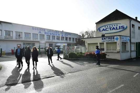 Le siège de Lactalis, le 17 janvier 2018, après la descente de police concernant l'affaire du lait contaminé.