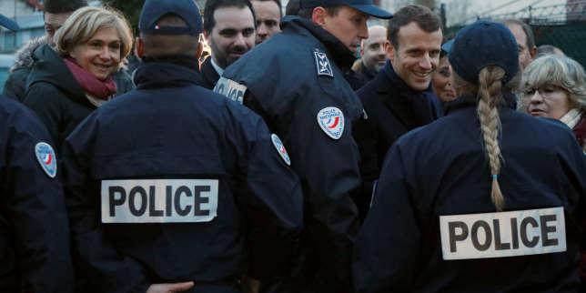 Emmanuel Macron et Valérie Pecresse le 14février à Villeneuve-Saint-Georges.