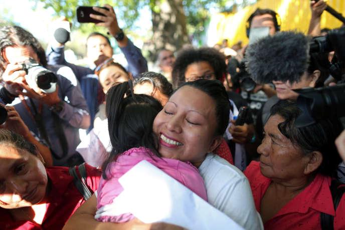 Teodora del Carmen Vasquez a été libérée le 15 février après avoir passé 11 ans en prison pour une fausse couche, au Salvador.