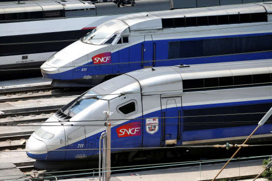 Des TGV stationnés à Charenton-le-Pont (Val-de-Marne), en juin 2016.
