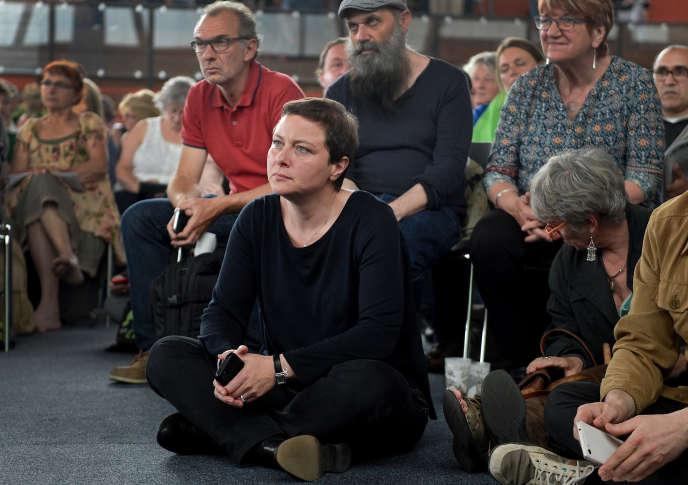 La sociologue Vanessa Jérome lors d'un congrès fédéral extraordinaire d'Europe Ecologie-Les Verts à Pantin le 11 juin 2016.