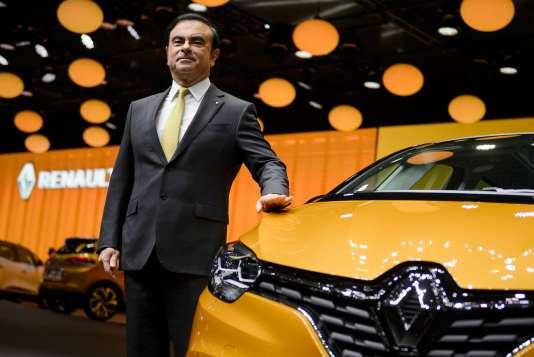 Carlos Ghosn a accepté une diminution de 30 % de son salaire de PDG, a annoncé le ministre de l'économie et des finances, Bruno Le Maire.