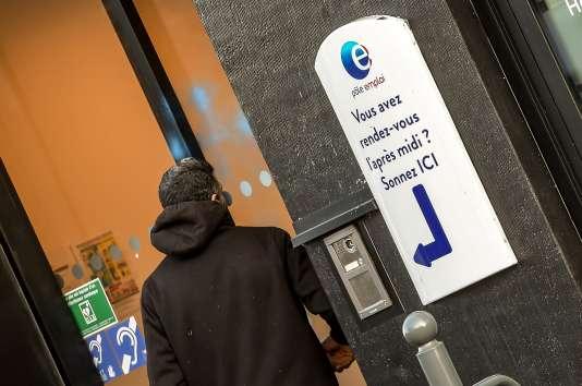 Une agence Pôle emploi de Lille (Nord), le 28 décembre 2017.