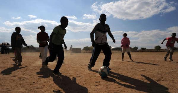 en-afrique-quand-le-rêve-de-football-aboutit-à-«-la-traite-d'êtres-humains»