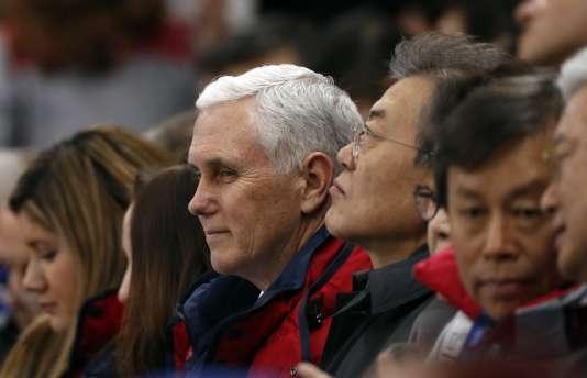 Le vice-président américain Mike Pence,chef de la délégation américaine pour ces JO, à la patinoire olympique de Gangneung, le 10 février.