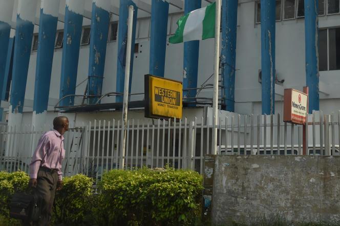 Une agence de l'opérateur de transfert d'argent Western Union à Benin City, au Nigeria.