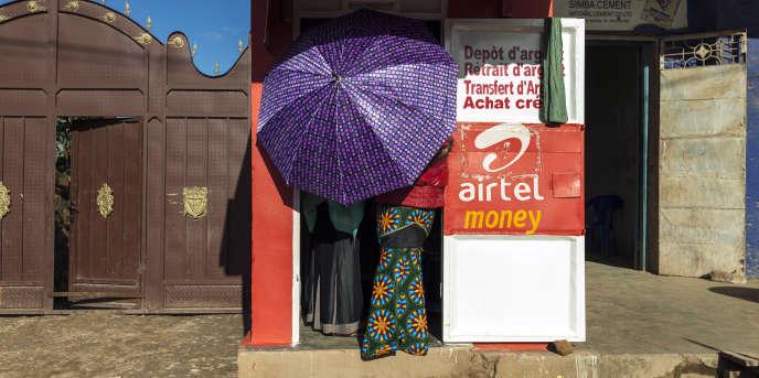 Une boutique de transfert d'argent à Bunia, en République démocratique du Congo, en novembre 2015.